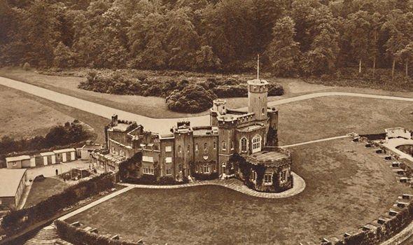 royal family fort belvedere windsor