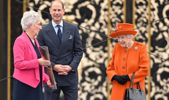 Edward: Accompanying Queen at Commonwealth event