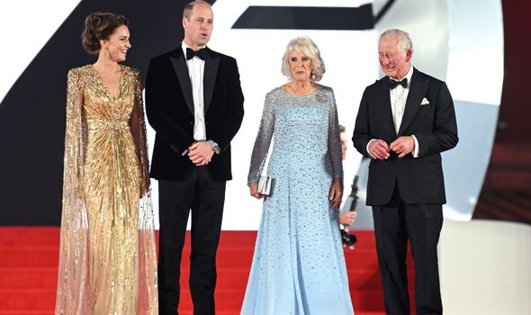 Premiere: Charles With Camilla, William and Kate