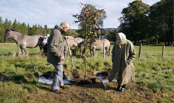 Prince Charles: Plants tree with Queen at Balmoral