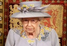 Picture of the Queen at the state opening of Parliament