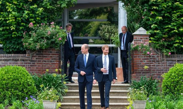 Picture of Prince William and Harry at Kensington