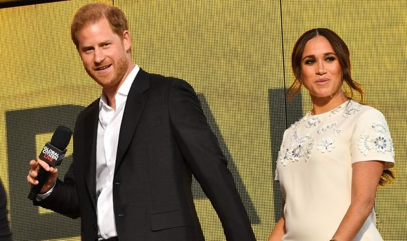 Picture of Harry and Meghan speaking in New York